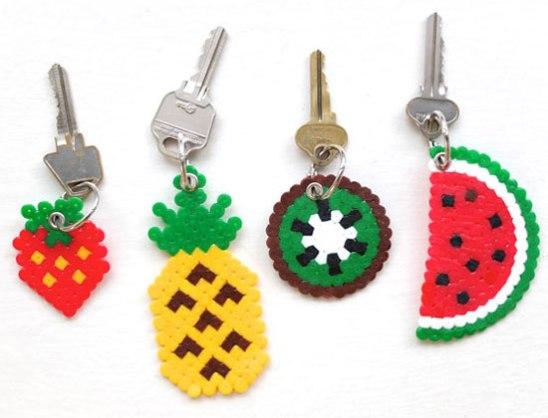 manualidades-Hama-Beads-llaveros