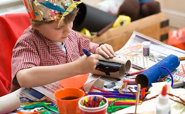 10 Cosas Que Guardar En Casa Para Hacer Manualidades Con Tus Hijos
