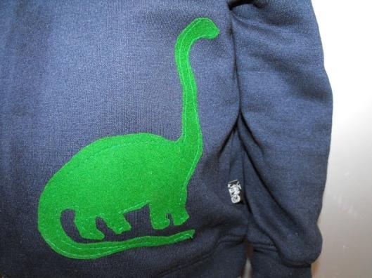 ropa-nino-diy-dinosaurio