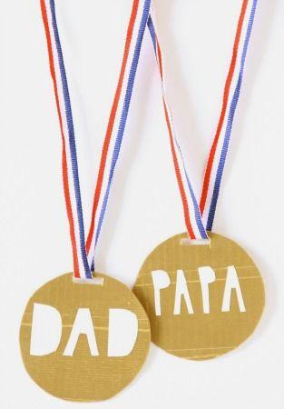 manualidades-originales-dia-padre-medalla